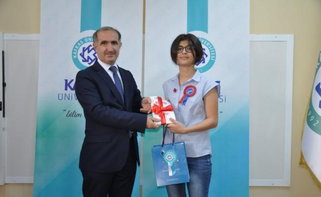 KAKÜV Koleji'nde ödül töreni