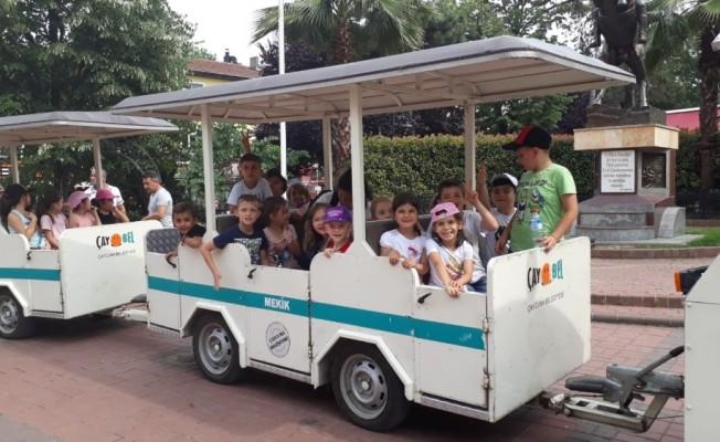 Kilimlili çocuklar Çaycuma'da çok mutlu