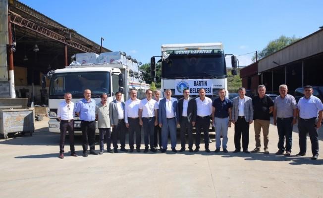 Bartın Belediyesi'nden Akçakoca'ya yardım eli