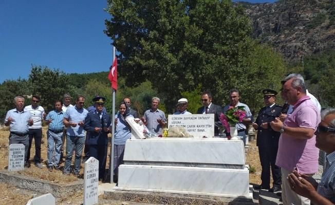 Datça protokolü 15 Temmuz'da şehitleri ziyaret etti
