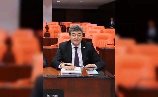 """İYİ Parti Kayseri Milletvekili Ataş, """"15 Temmuz Hain Darbe Girişimi Sürecini Sebep Olan Her Şeyi Kınıyor, Yapanları da Lanetliyorum"""""""