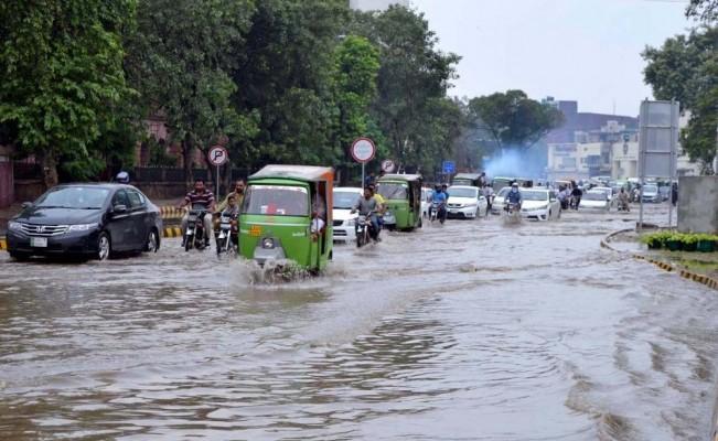 Pakistan'da sel felaketi: 4 ölü