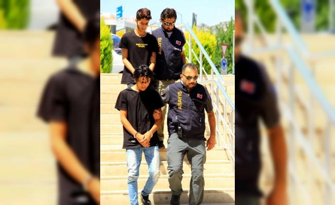 Şantaj çetesi tutuklandı