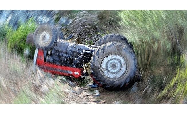 Traktörden düşerek hayatını kaybetti