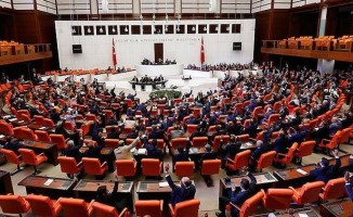 19 yıl sonra 8 partili Türkiye Büyük Millet Meclisi... .