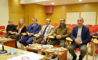 'Açıköğretim Fakültesi 2. Uluslararası Fotoğraf Yarışması' jüri toplantısı