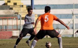 Adanaspor, U21 takımı ile antrenman maçı yaptı