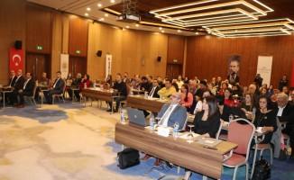 """AHEF Genel Başkanı Atakan: """"Aile hekimlerinin en büyük sorunu sağlıkta şiddet"""""""