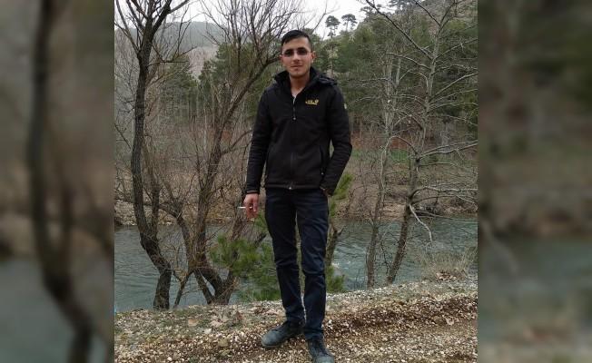 Ailesi tarafından kayıp ilanı verilen genç ölü bulundu
