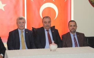 AK Parti Grup Başkanvekili Akbaşoğlu MHP İl Başkanlığını ziyaret etti