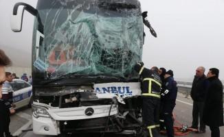 Amasya-Samsun karayolunda kazalar peş peşe geldi: 9 yaralı