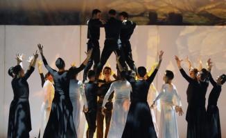 Anadolu Ateşi  İzmir'de sahne aldı