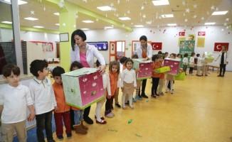 Anaokulu öğrencileri, oyuncaklarını bağışladı