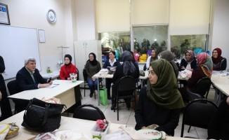 Başkan Karaosmanoğlu KO-MEK kursiyerlerini ziyaret etti