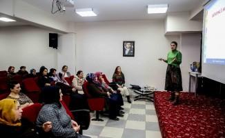 Bucalı kadınlara 'güvenli annelik' eğitimi