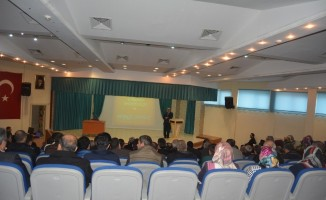 Edremit'te 'Aile Okulu' semineri