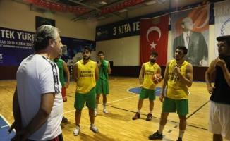 Erdemli Belediyesi Basketbol Takımı şampiyonluk yolunda