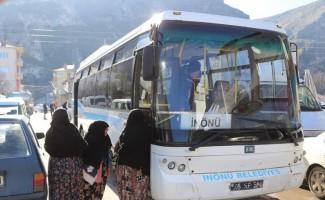 İnönü'de pazar servisi bayanların gözdesi oldu