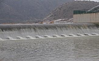 Karakaya Sulama Göleti ile 14 bin dönüm tarım alanı sulandı