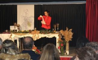 Milli Takım Beslenme Sorumlusu Omurcalı, Marmaris'te sahnede yemek yaptı