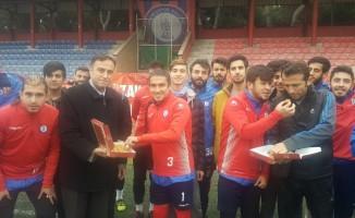 Ödemişspor'a öğrencilerden baklava dopingi