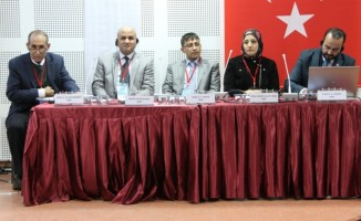 """""""Ortadoğu'daki geri kalmışlığın sebebinin Osmanlı değil, sömürge yönetimler"""""""