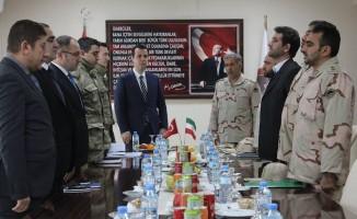 """Özalp'ta """"Sınır Güvenliği"""" toplantısı"""