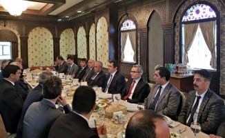 Rektör Çomaklı Nahçıvan ziyaretini tamamladı