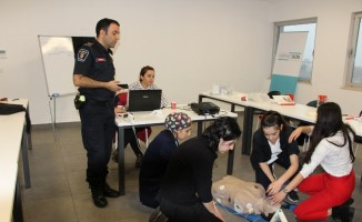 Sağlık Personeline Acil Müdahale Eğitimi