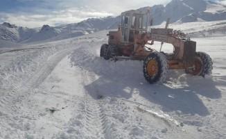 Saray Belediyesinden karla mücadele çalışması