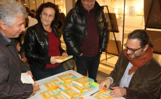 Seyahat yazarı Uslu, Marmarisli kitapseverlerle buluştu
