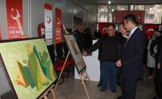 Suriyelilerin yaptığı resimler sergilendi