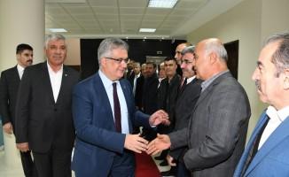 Vali Aykut Pekmez ATSO yönetimi ile bir araya geldi