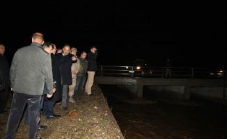 Vali Gündüzöz, su baskını yaşanan bölgeleri inceledi