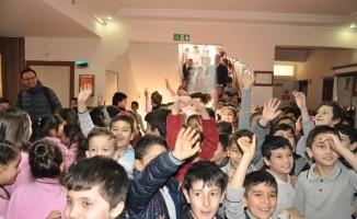 Afyonkarahisar'da 146 bin öğrenci karne heyecanı yaşadı
