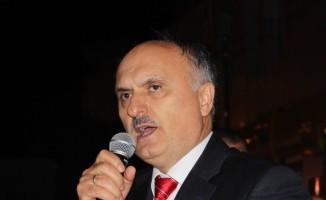 AK Parti Milletvekili Öztürk'ten çöp tepkisi
