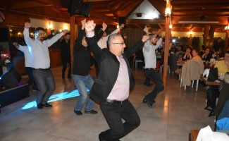 Aliağa'da halk oyunları sevgisi büyüyor