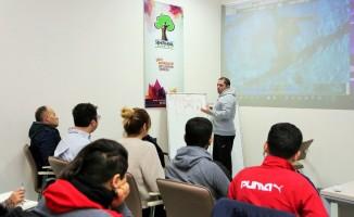 Alleben-1'de sutopu antrenörlerine yönelik gelişim semineri düzenlendi