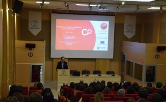 Anadolu Üniversitesinde mülteci krizi konuşuldu