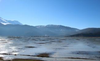 Antalya'da Avlan Gölü dondu