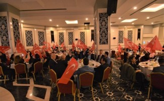 Antalya'da yaşayan Sandıklılılar düzenlenen gecede bir araya geldi