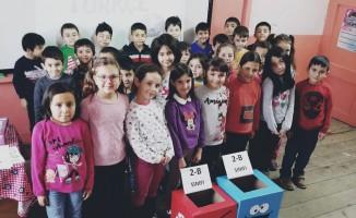 Araç Ahmet Yesevi İlkokulu'nda sıfır atık projesi