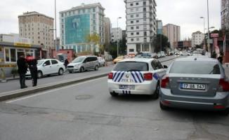 Ataşehir'de alacak verecek kavgasında kan aktı: 3 yaralı