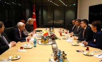 Bakan Pakdemirli, Berlin'de Romanya Tarım ve Kırsal Kalkınma Bakanı ile bir araya geldi