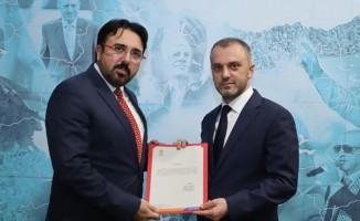 Balıkesir'de AK Parti'nin  boş olan 4 ilçe teşkilatına atama yapıldı