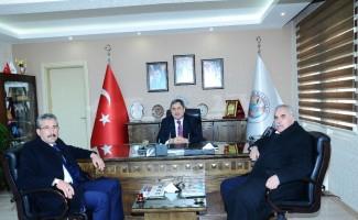 Başkan adayı Özkan'dan, Darende Belediyesi'ne ziyaret