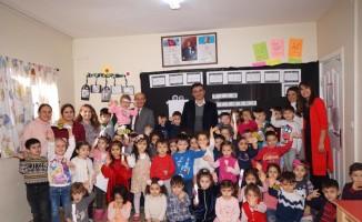 Başkan Selçuk çocukların karne sevincine ortak oldu