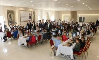 Bayramiç Belediyesi Satranç Turnuvasına yoğun ilgi