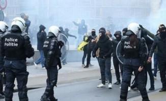 Belçika'da ırkçı polis açığa alındı