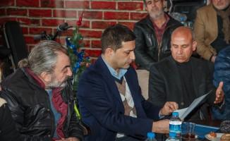 CHP adayı Ömer Günel Nazilli Halk Pazarında pazarcılarla buluştu